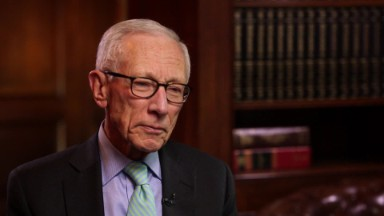 Hands off the Fed, warns Stanley Fischer
