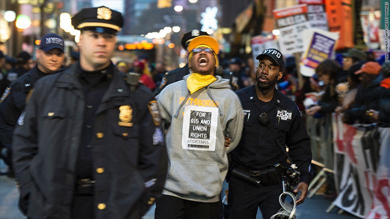 minimum wage protest arrests 2
