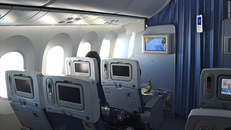 transpose windowless cabin dreamliner