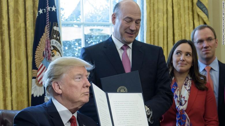 Trump Gary Cohn Dodd Frank