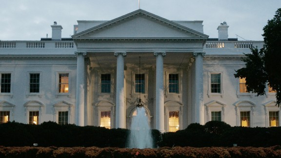 White House clashes with ethics office