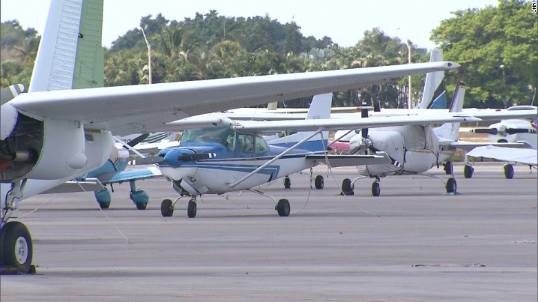 lantana airport 1
