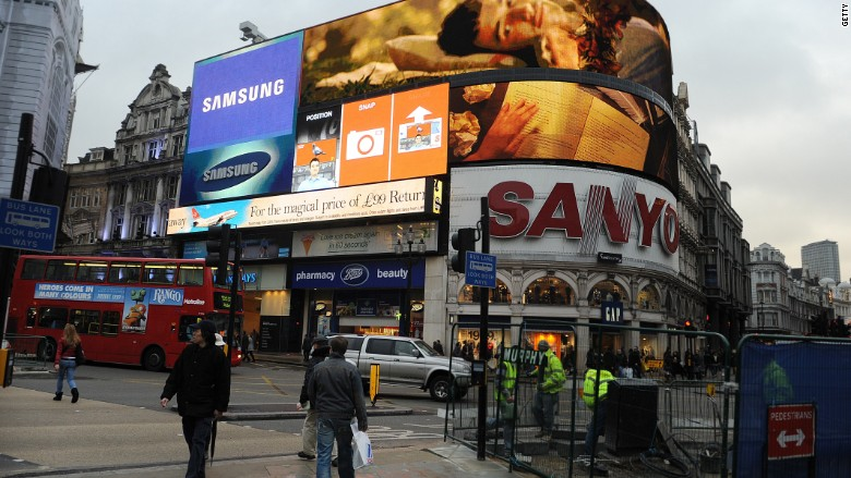 Sanyo Piccadilly Circus 2011