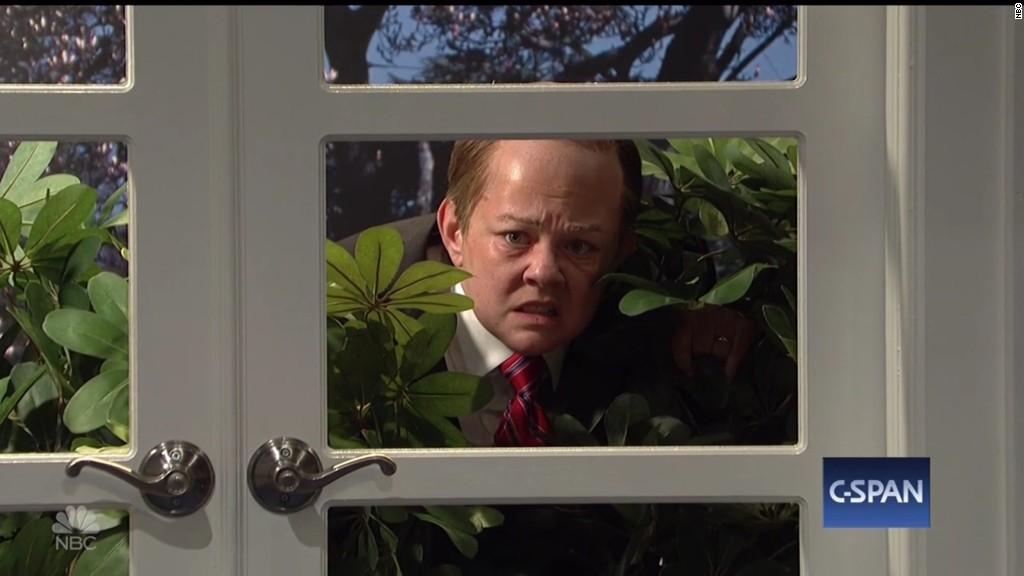'Spicy' returns to 'SNL'