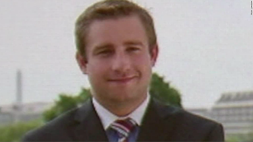 July 2016: DNC staffer Seth Rich fatally shot