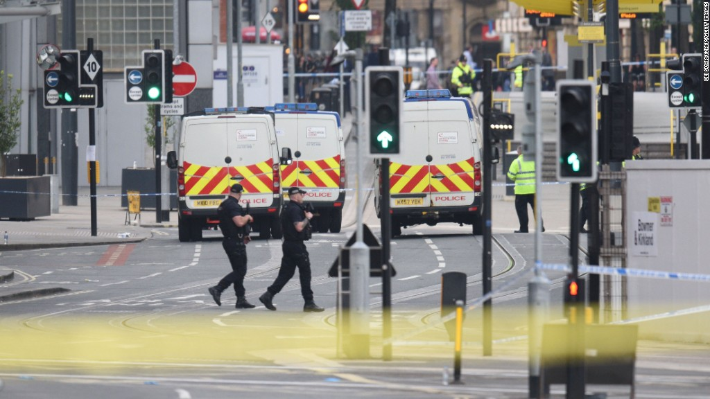 Witnesses describe Manchester Arena explosion