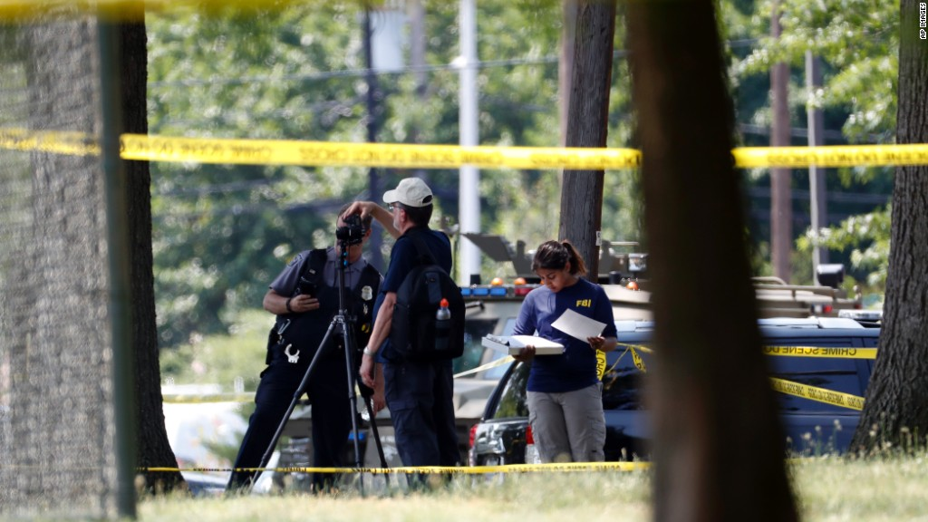 Gunman opens fire at congressional baseball practice