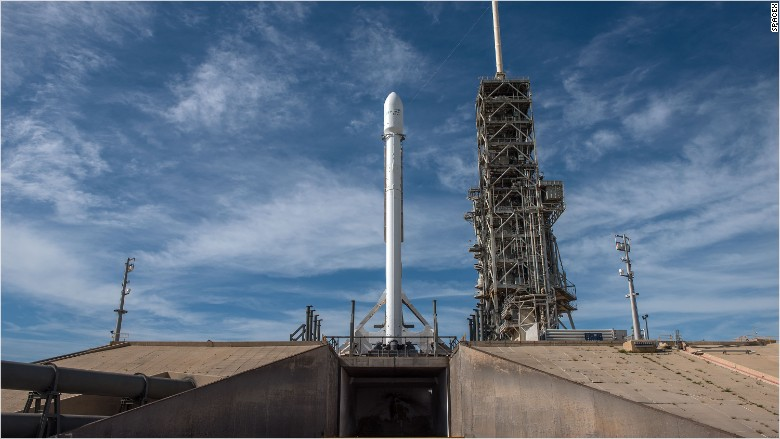 spacex rocket scrubbed 070317