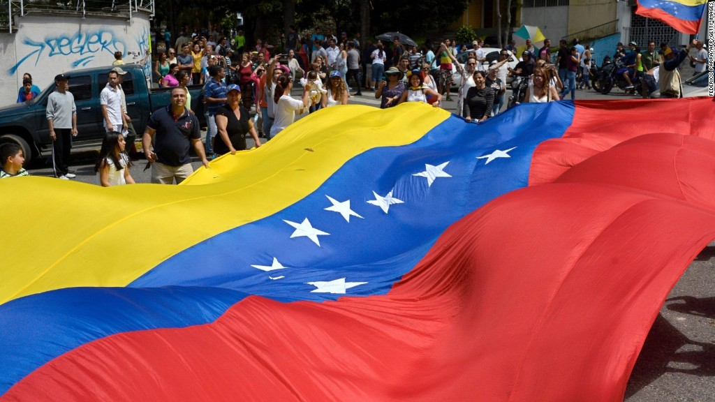 Two-day strike against Maduro begins in Venezuela