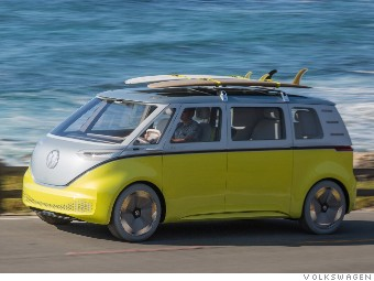 It Ll Be All Electric But The Attraction Will Clic Volkswagen Microbus Look