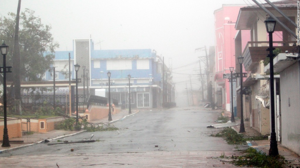 Hurricane Maria pummels Puerto Rico