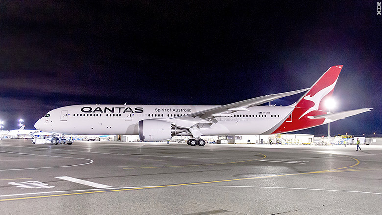 Qantas Airlines Takes Delivery Of First 787 9 Dreamliner From Boeing