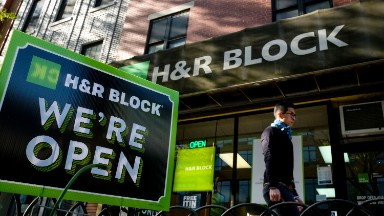 Trump's tax plan isn't as big of a threat to H&R Block as he says