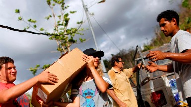 Relief groups hit major hurdles getting aid to Puerto Rico