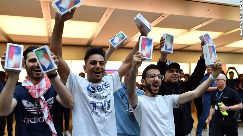 iphone x customers