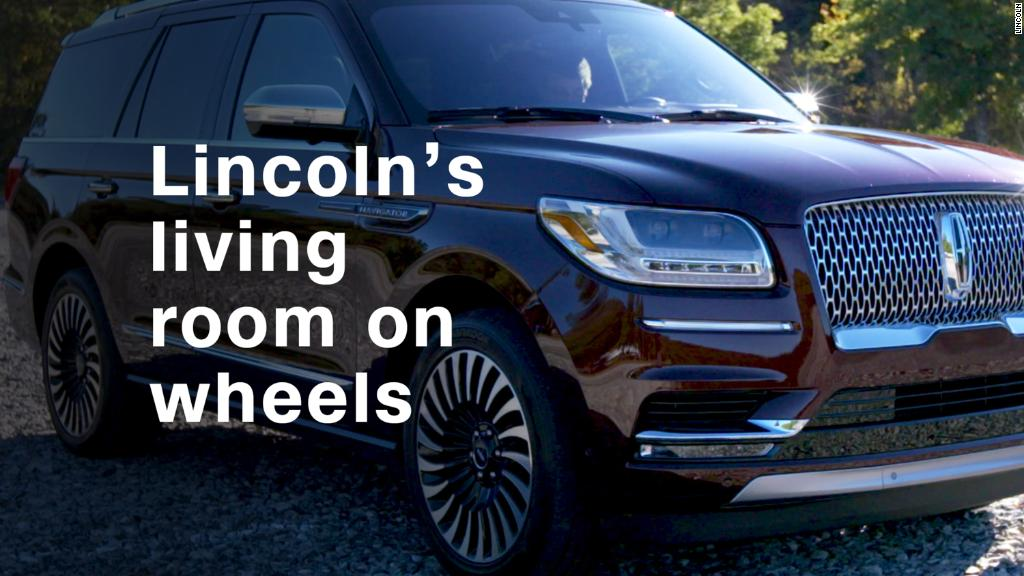 A 90's behemoth returns: Lincoln Navigator