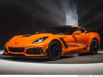 The Corvette Zr1 S Hood Has An Opening In Center To Allow Room For Large Supercharger