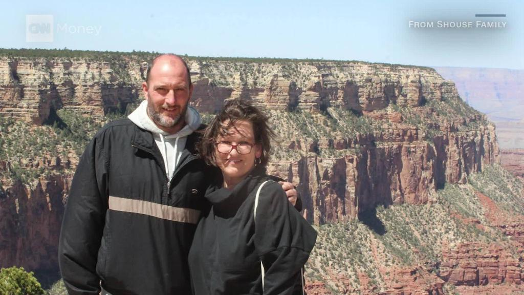 Rich liberal sends Trump voter to Grand Canyon after CNN story