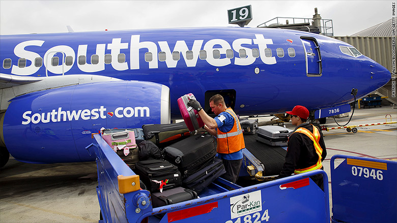 American And Southwest Airlines Announce 1 000 Tax Cut
