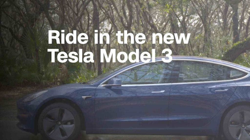 Tesla attempts 'mainstream' with Model 3