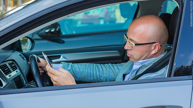 distracted driving phone