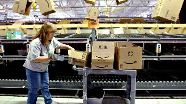 Amazon's warehouses don't boost overall employment, study finds