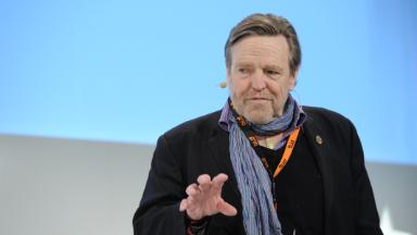 Internet rights advocate John Perry Barlow dies