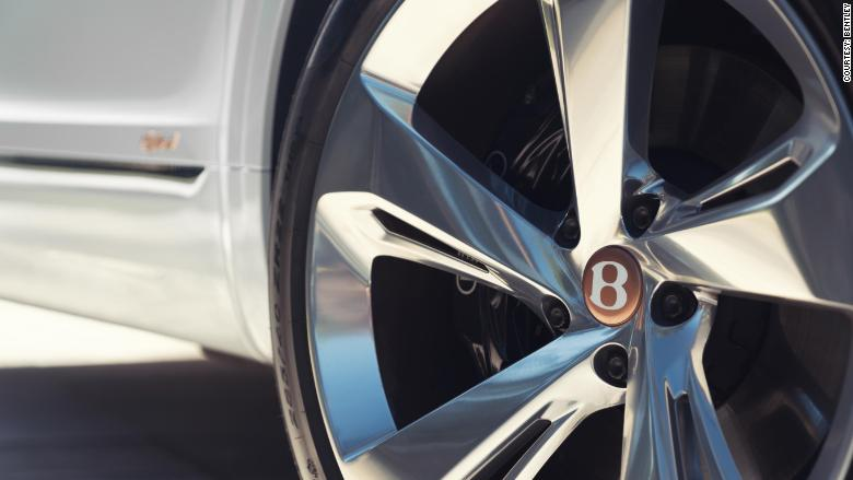 bentley bentayga hybrid wheel center