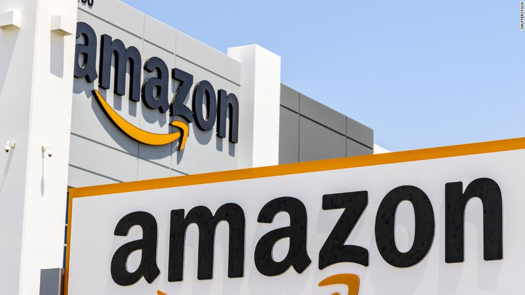 Amazon market value tops $1tn