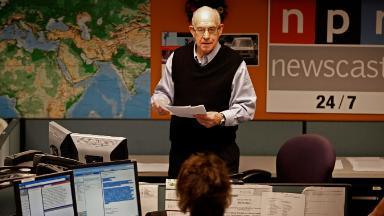 Carl Kasell, longtime NPR newscaster, dead at 84