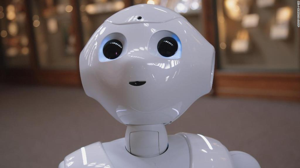 The Smithsonian's newest guide is a robot