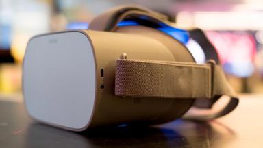 Can the $200 Oculus Go make virtual reality mainstream?