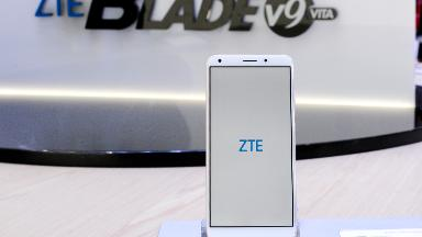 Pentagon: Stores on US bases should stop selling Huawei and ZTE phones