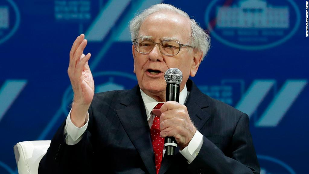 Buffett defends Wells Fargo's 'sin'