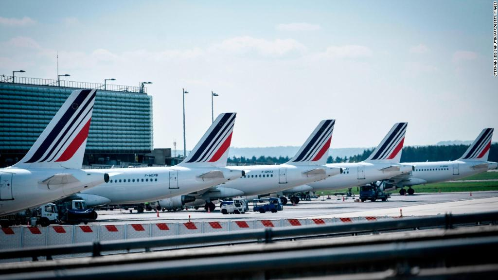 Air France CEO quits amid staff pay dispute