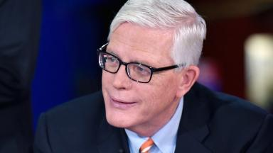 MSNBC gives 'verbal warning' to host Hugh Hewitt over Pruitt meeting
