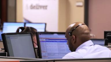 To stay competitive, US call centers are training workers to be super agents