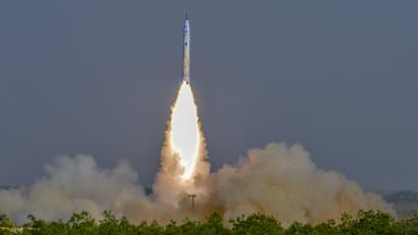 OneSpace launches China's first private rocket