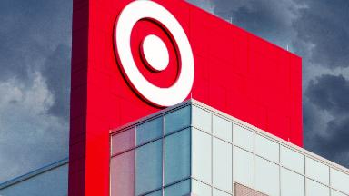 Target blames weather for poor earnings