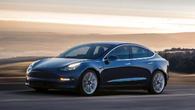 Tesla's magic is wearing off as Model 3 excitement dwindles