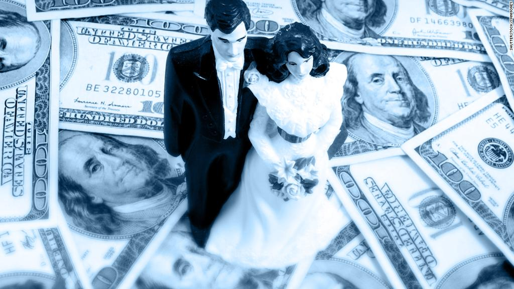 Gender roles in 2018: Who's managing finances?