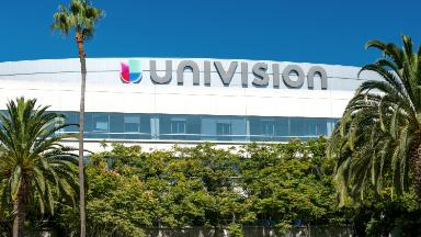 Univision executive Isaac Lee exits amid company changes