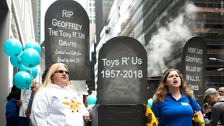 toys r us severence protest instory