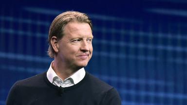 Verizon names new CEO to lead 5G push