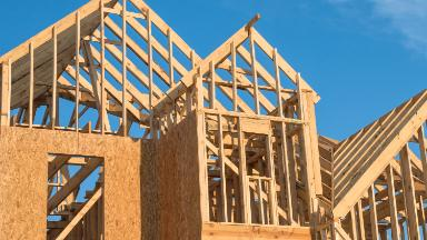 Housing market remains strong, despite mortgage rate worries