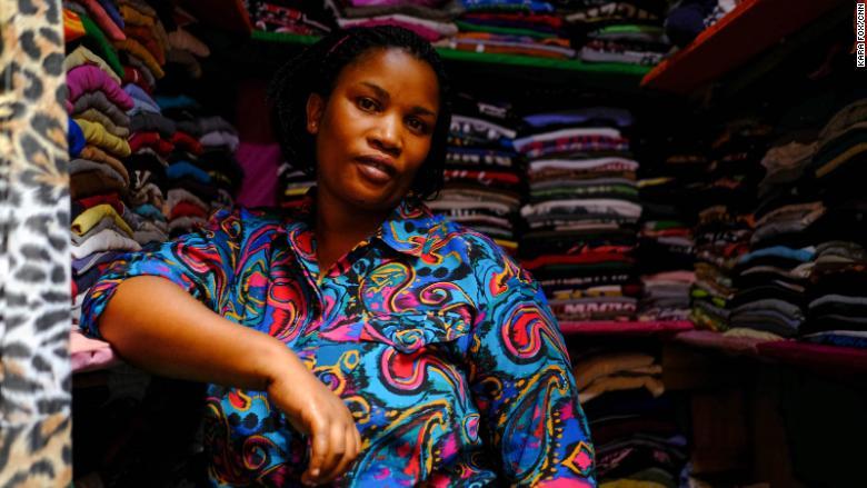 rwanda market seller