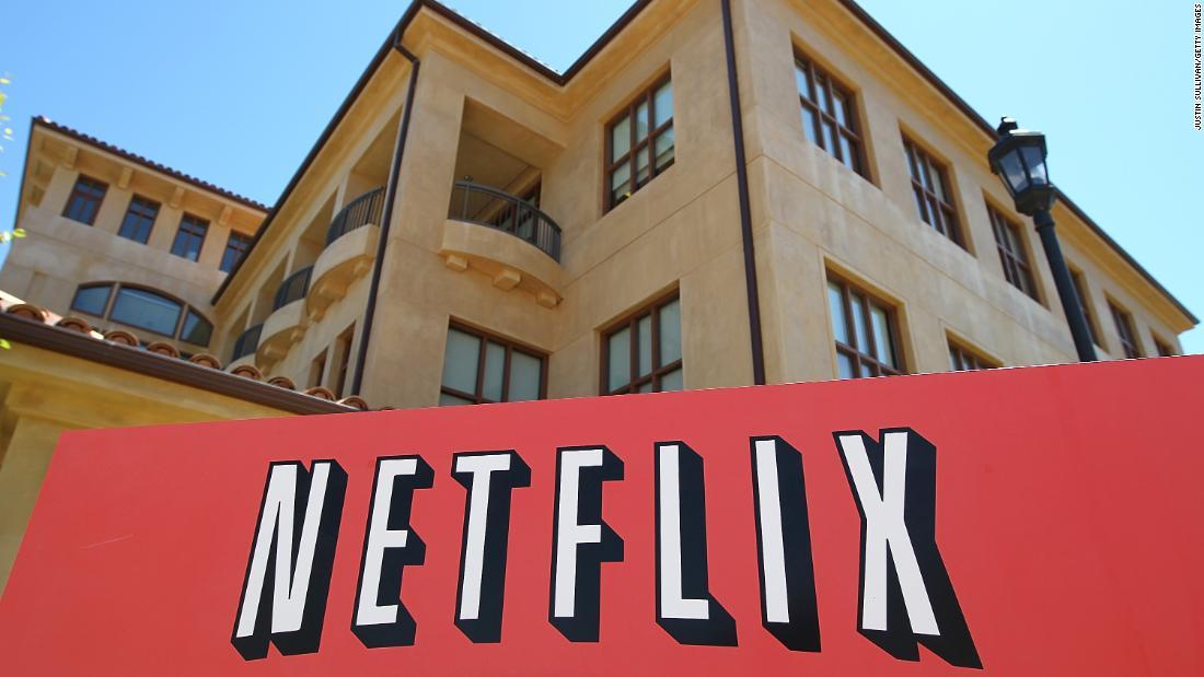 China slowdown; Netflix earnings; Smartphone hang up