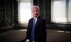 JPMorgan CEO: US economy is 'strong and it's getting stronger'
