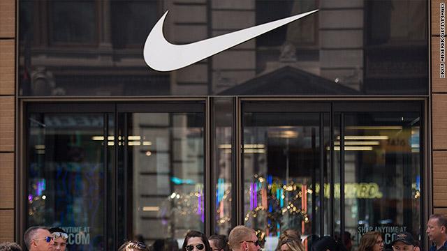 solitario Funeral Energizar  Nike announces pay increases for 7,000 employees