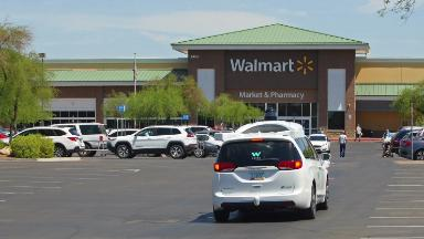 Walmart will chauffeur shoppers in self-driving Waymo cars